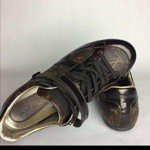 big sale f72b5 eb8d1 Shoes - Louis Vuitton Shoes